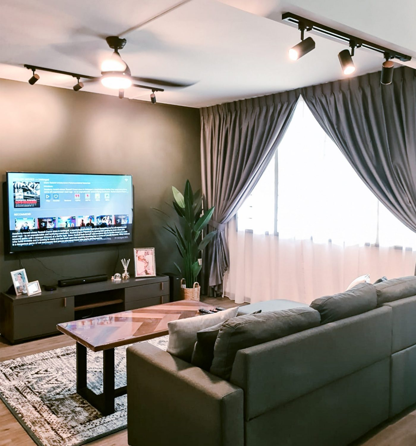 BY DESIGN - 159 Simei Road Living Room